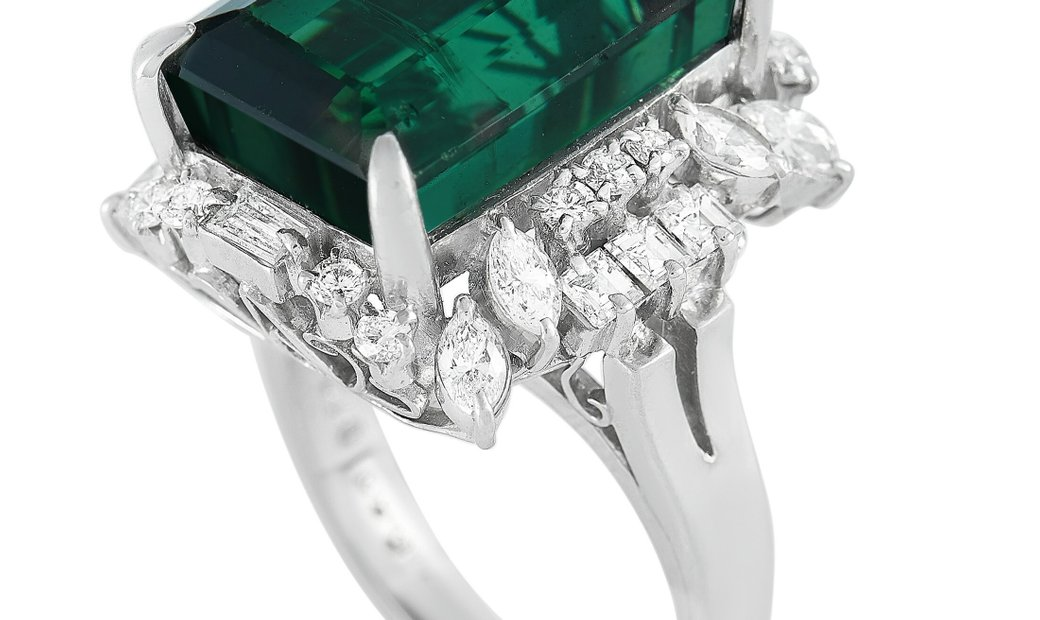 LB Exclusive LB Exclusive Platinum 1.05 ct Diamond and Green Tourmaline Large Ring