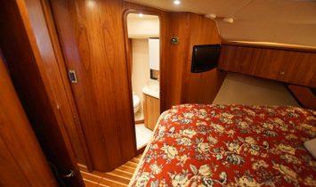 Tiara Yachts 4300 Sovran