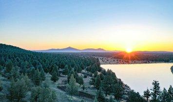 Land in Redmond, Oregon, Vereinigte Staaten 1