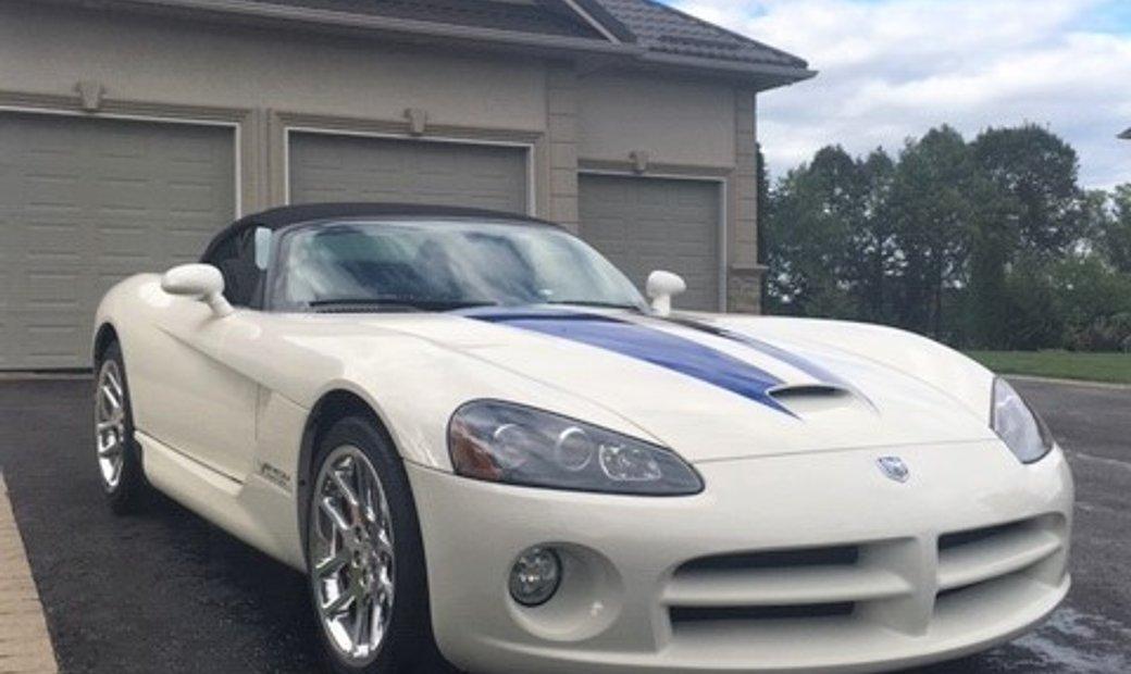 2005 Dodge Viper rwd
