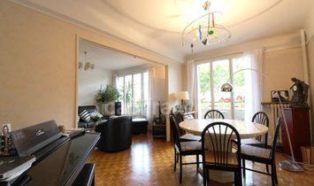 Apartment in Nogent-sur-Marne, Île-de-France, France 1
