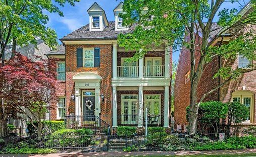 House in Gaithersburg, Maryland, United States