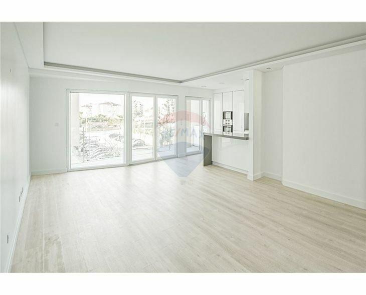 Apartment in Parede, Lisboa, Portugal 1