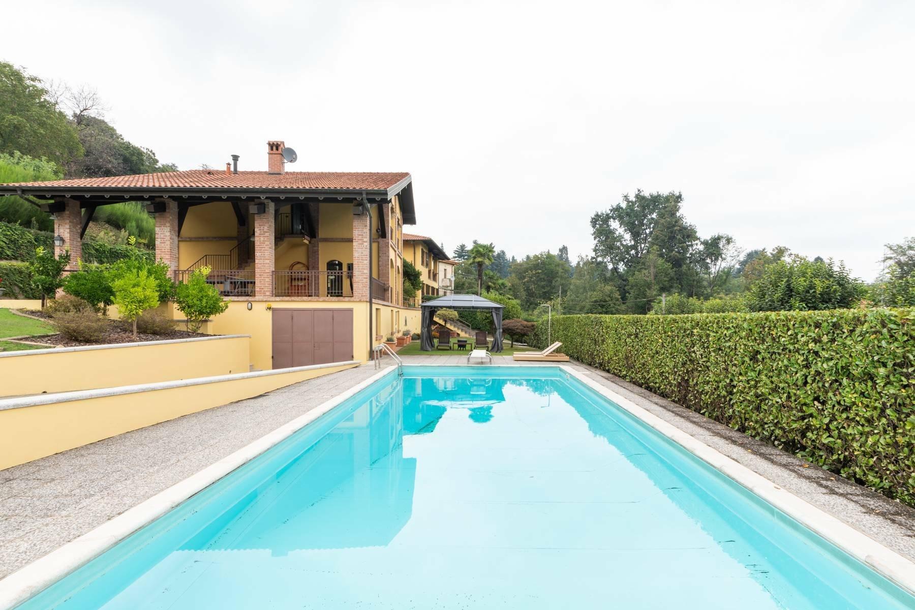 House in Arona, Piedmont, Italy 1
