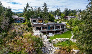 House in Nanoose Bay, British Columbia, Canada 1