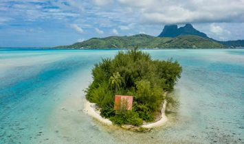 Private Island in Fa'a'ā, Îles du Vent, French Polynesia