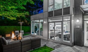 Townhouse in Vancouver, British Columbia, Canada 1