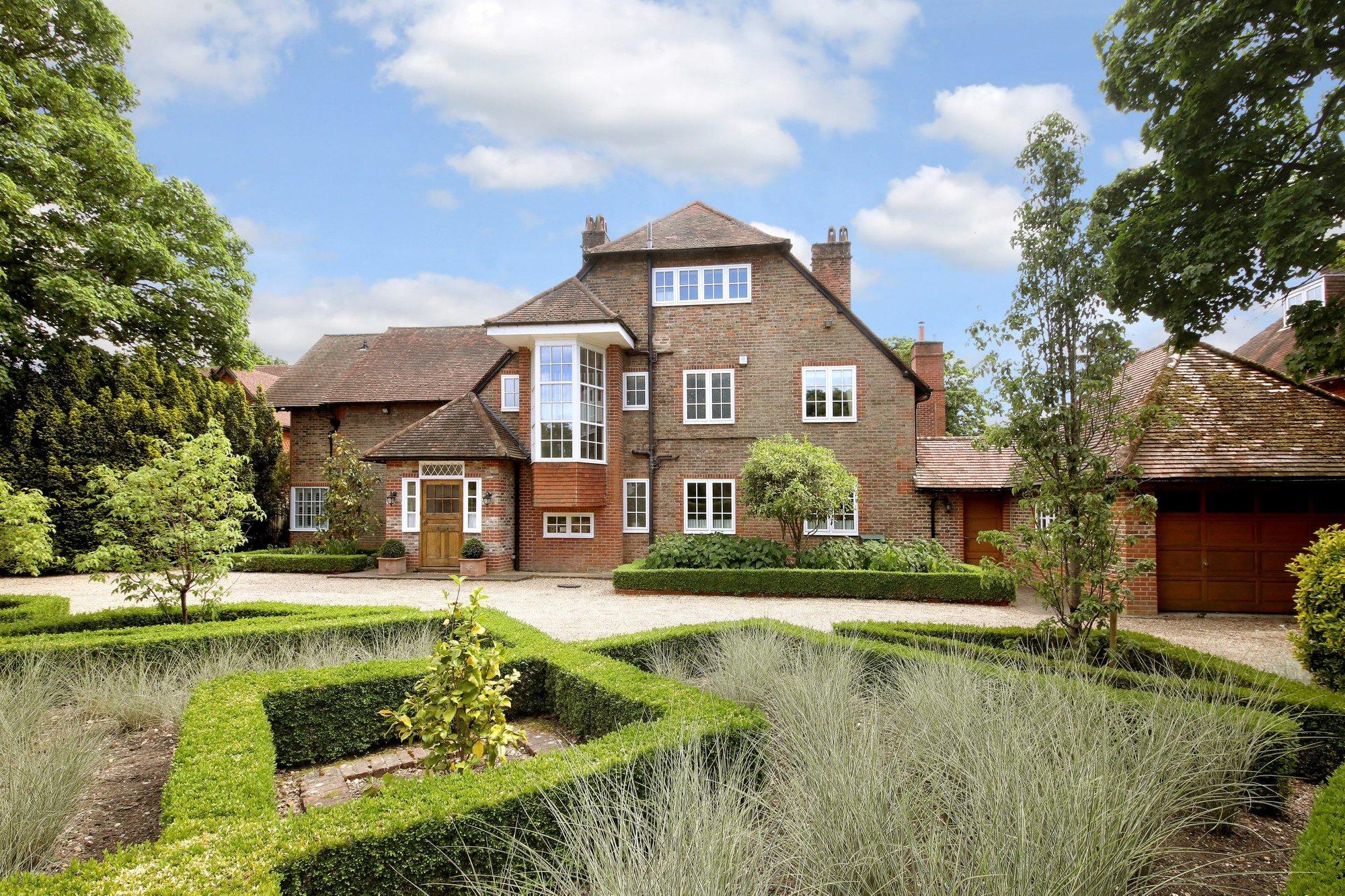 House in Gerrards Cross, England, United Kingdom 1 - 11120696