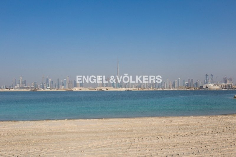 Land in Dubai, United Arab Emirates 1