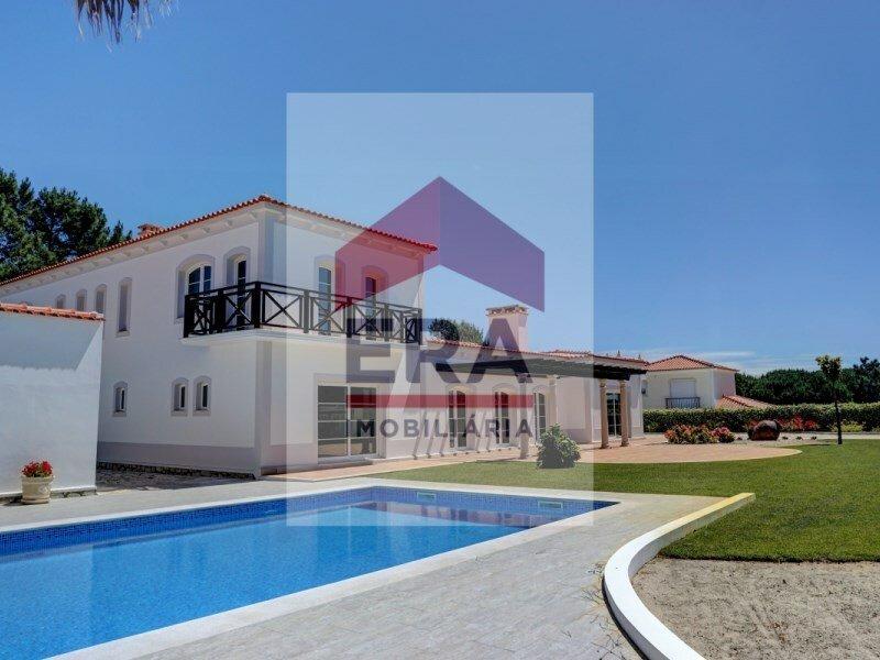 House in Amoreira, Leiria District, Portugal 1