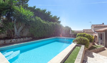 Villa in Carry-le-Rouet, Provence-Alpes-Côte d'Azur, France 1