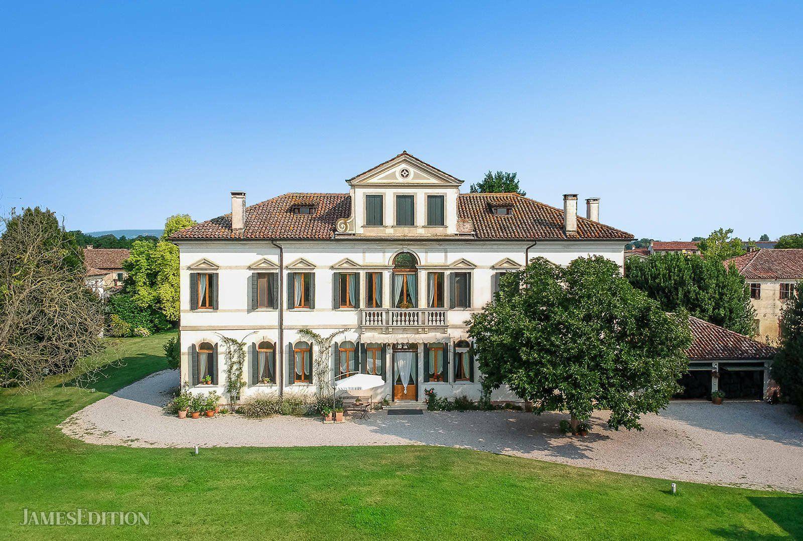 Villa in Paderno, Veneto, Italy 1