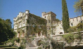 House in Avignon, Provence-Alpes-Côte d'Azur, France 1