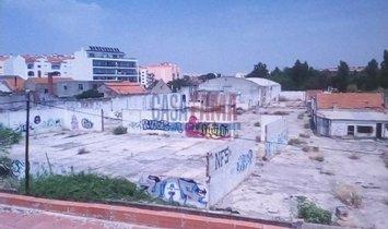 Land in Montijo, Setubal, Portugal 1