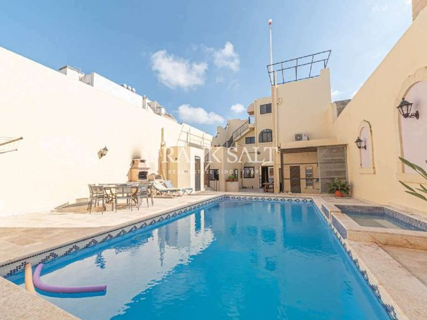 House in Żebbuġ, Malta 1