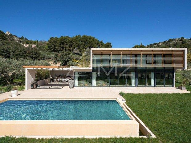 House in Mérindol, Provence-Alpes-Côte d'Azur, France 1