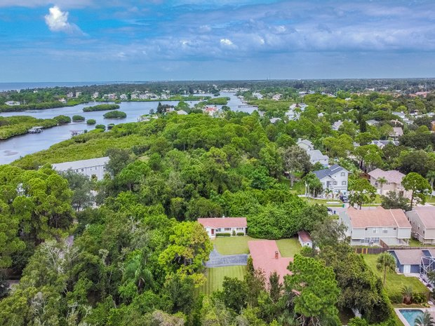 Land in Palm Harbor, Florida, United States 1