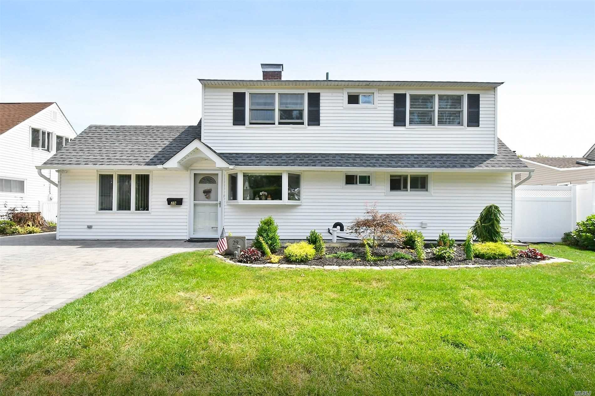House in Salisbury, New York, United States 1