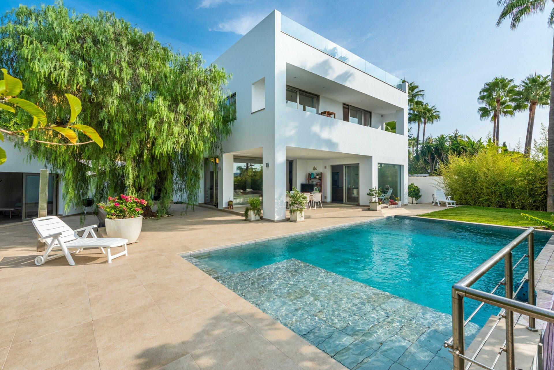 Villa in Marbella, Andalusia, Spain 1 - 11137962