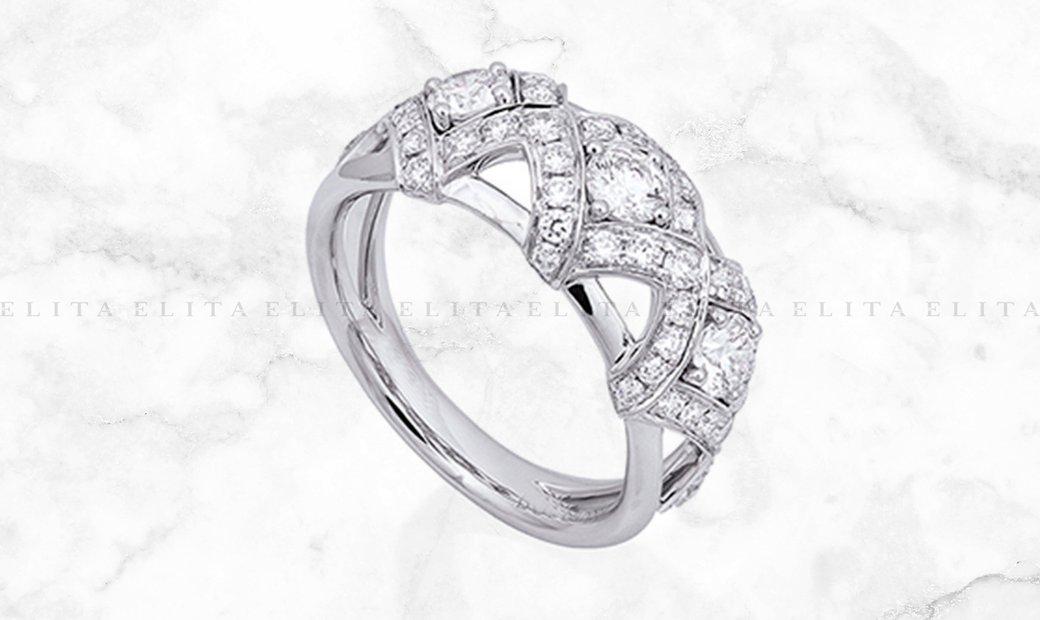 Platinum and Diamond Lattice Ring