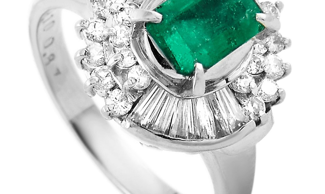 LB Exclusive LB Exclusive Platinum 0.87 ct Diamond and Emerald Ring