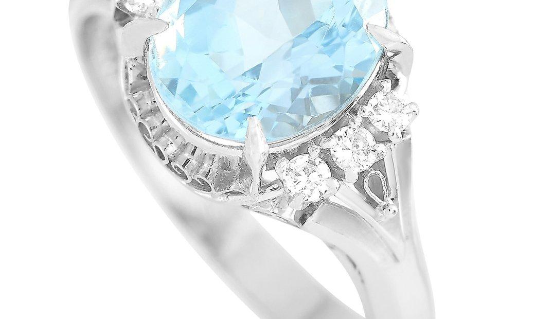 LB Exclusive LB Exclusive Platinum 0.10 ct Diamond and Aquamarine Ring