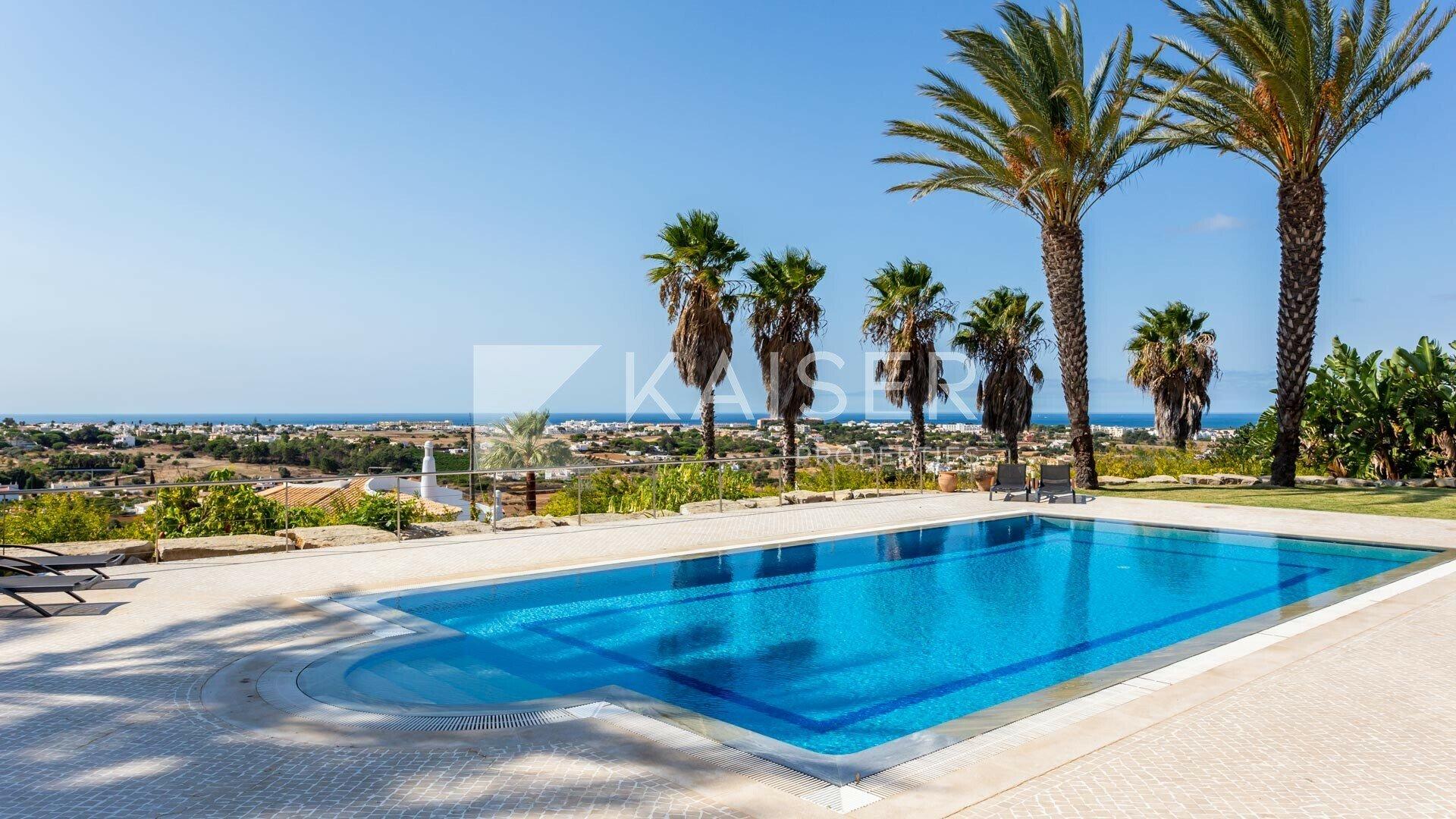 House in Albufeira, Algarve, Portugal 1 - 10611813