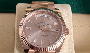 Rolex Day-Date 40 228235-0004 18K Everose Gold Sundust Diamond Set Dial