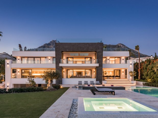Villa in Marbella, Andalusia, Spain 1