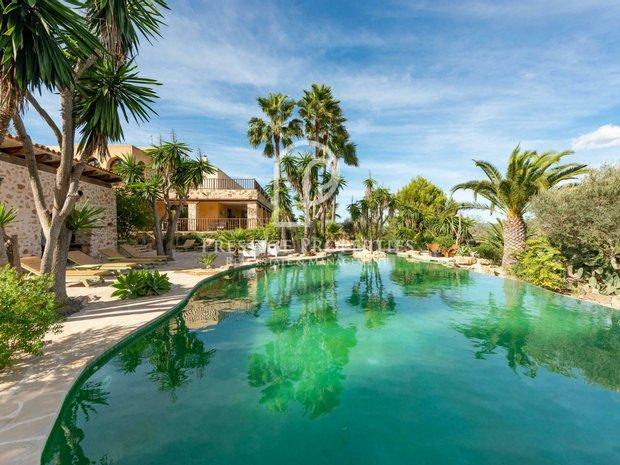 Villa in Balearic Islands, Spain 1