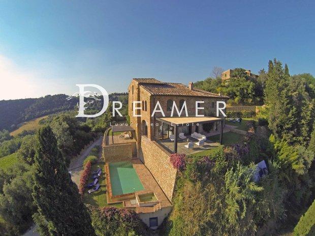 Villa in Petrognano, Tuscany, Italy 1
