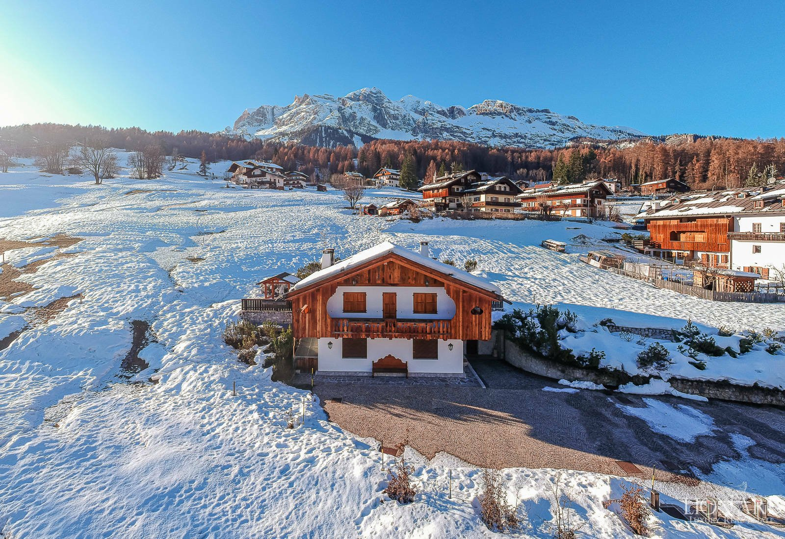 Villa in Cortina d'Ampezzo, Veneto, Italy 1