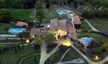 House in Céreste, Provence-Alpes-Côte d'Azur, France 1