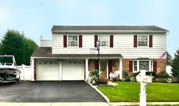 Haus in Nesconset, New York, Vereinigte Staaten 1