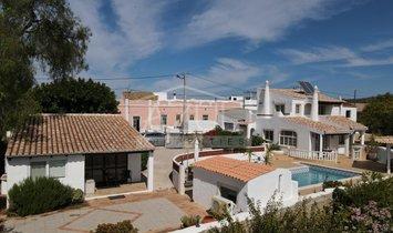 Villa à Boliqueime, District de Faro, Portugal 1