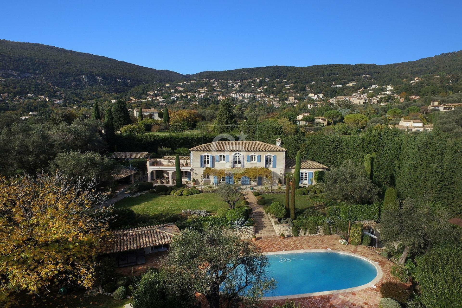 House in Grasse, Provence-Alpes-Côte d'Azur, France 1