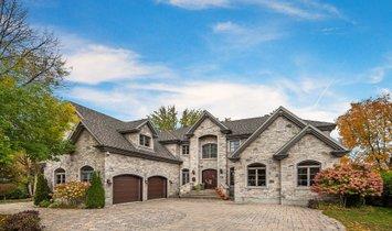 House in L'Île-Bizard—Sainte-Geneviève, Quebec, Canada 1