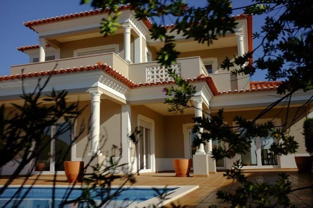 House in Óbidos, Leiria District, Portugal 1