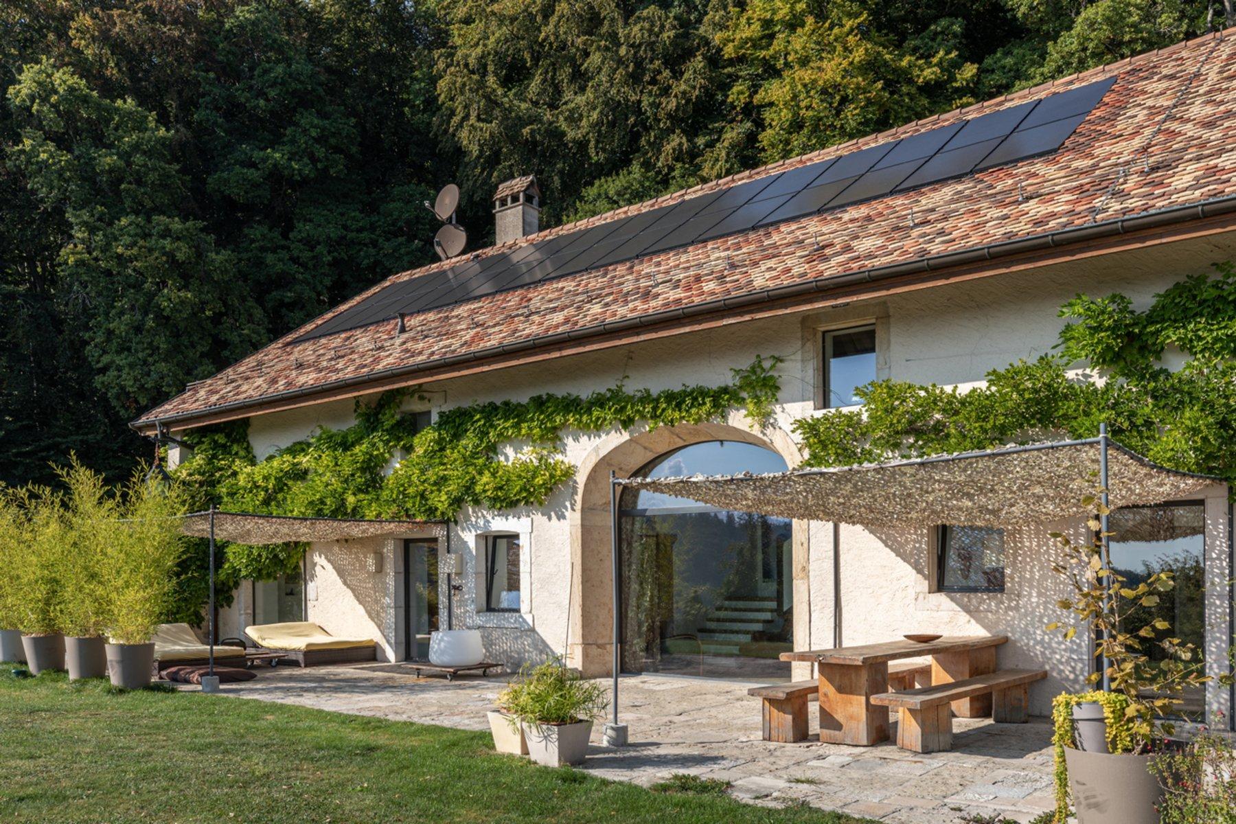 House in Gilly, Vaud, Switzerland 1 - 11165714