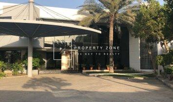 Haus in Dubai, Vereinigte Arabische Emirate 1