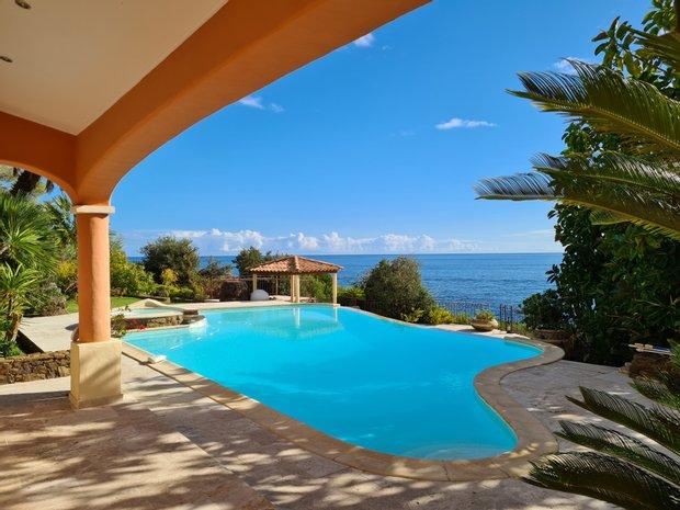 Villa in Sari-Solenzara, Corsica, France 1