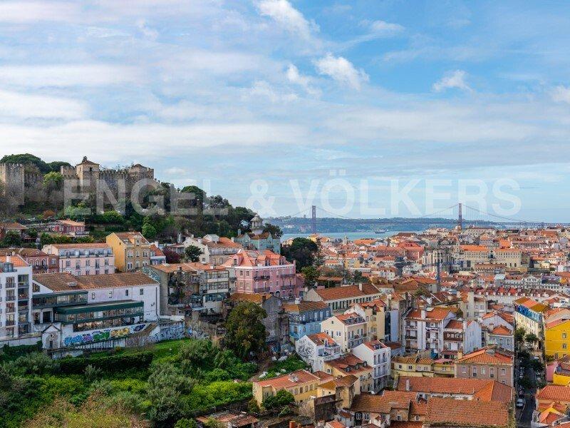 Lisbon, Portugal 1 - 11166878