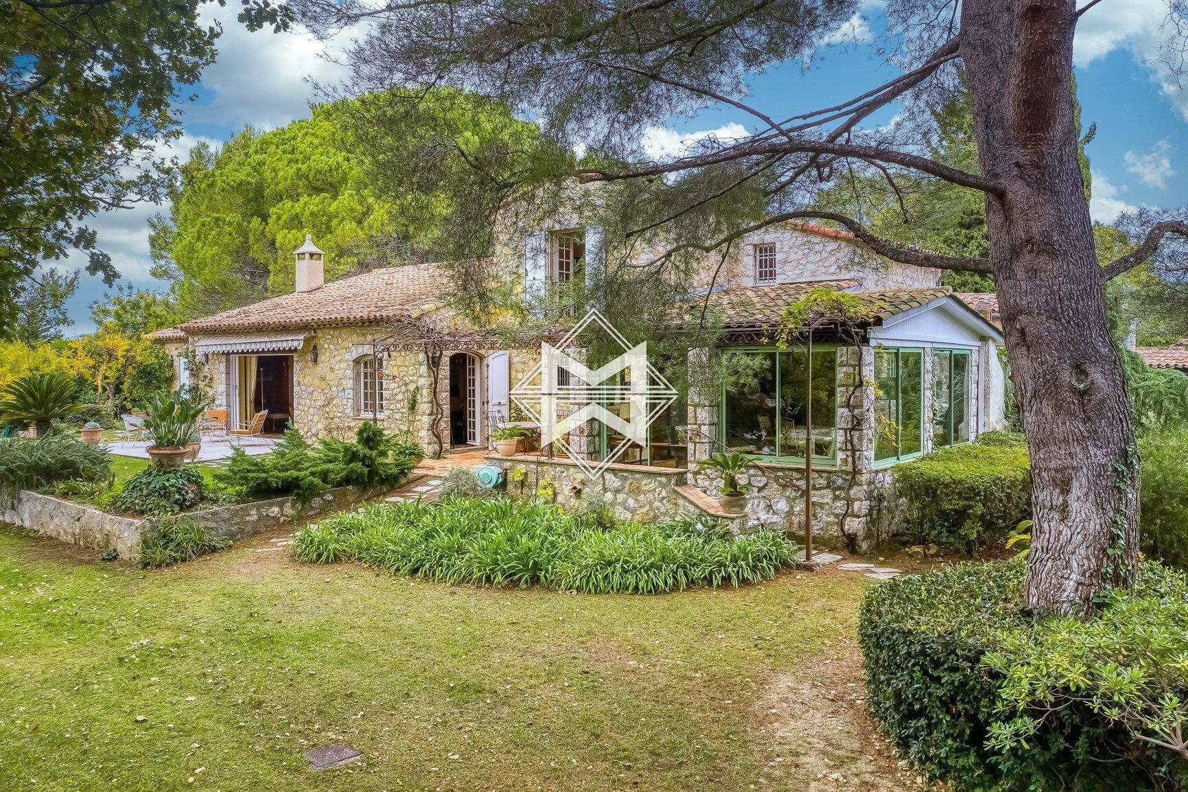 House in Mouans-Sartoux, Provence-Alpes-Côte d'Azur, France 1 - 11151051