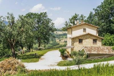Villa à Camporotondo, Abruzzes, Italie 1