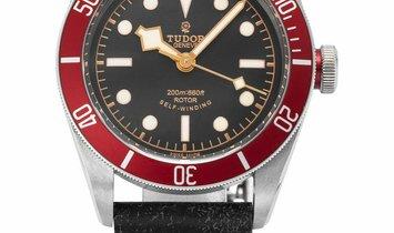 Tudor Heritage Black Bay 79220R, Baton, 2015, Very Good, Case material Steel, Bracelet