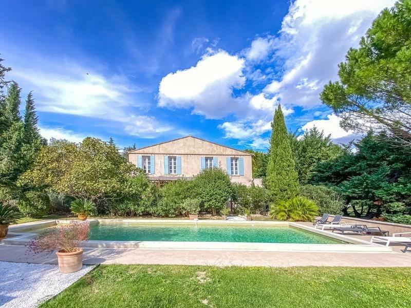 Villa in Avignon, Provence-Alpes-Côte d'Azur, France 1