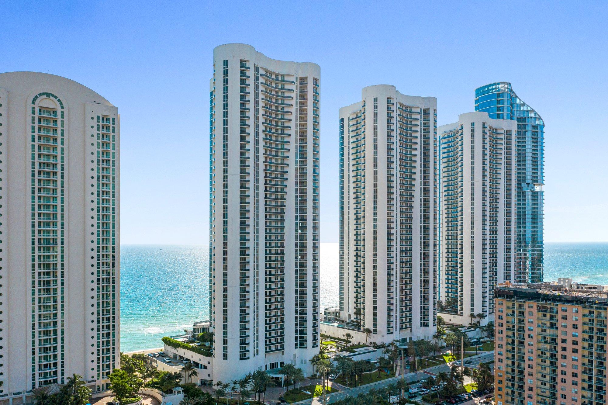 Apartment in Golden Beach, Florida, United States 1 - 11169287
