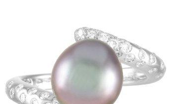 Chanel Chanel Concept 18K White Gold ˜0.50 ct Diamond and Pearl Ring