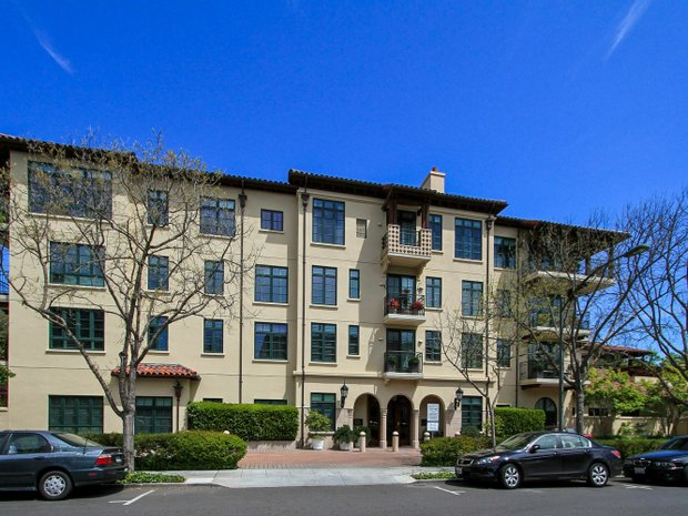 Condo in Los Altos Hills, California, United States 1