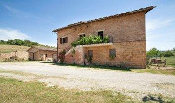 Farm Ranch in Monticchiello, Tuscany, Italy 1